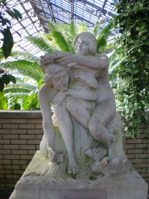 Sculpture at Garfield Park Conservatory